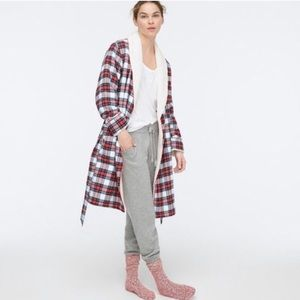 NWT Whiteout Sherpa lined robe